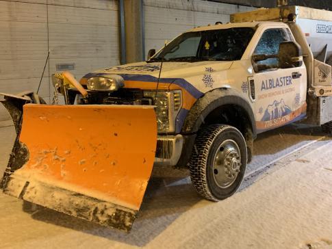 Alblaster snow truck front - Industrial site